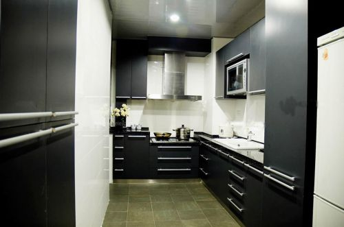 新中式风格三居室厨房吊顶装修图片