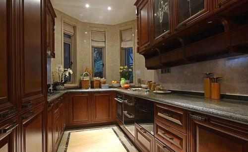 中式古典四居室厨房橱柜装修效果图欣赏