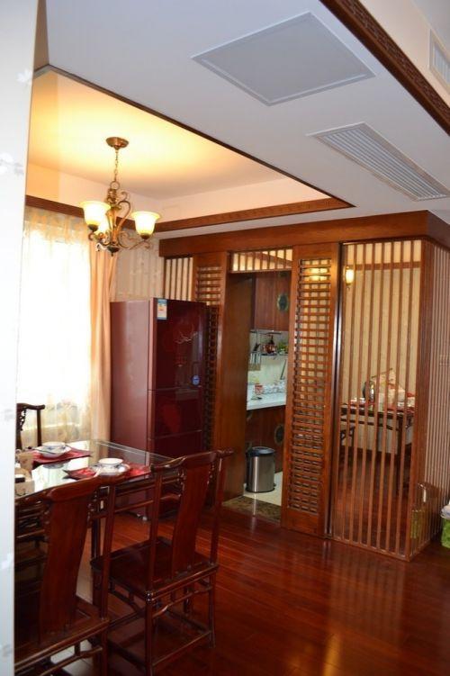 时尚中式古典风格四居室厨房镂空隔断图片欣赏