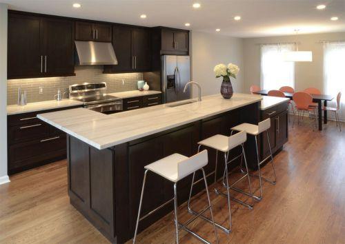 三居室欧式咖啡色厨房装修效果图