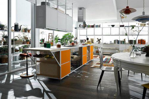 欧式风325平别墅厨房橙色橱柜装修效果图
