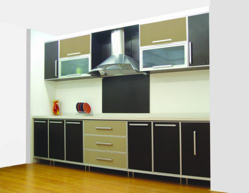 122平三居欧式厨房黑色橱柜效果图