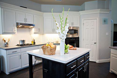 欧式风格典雅厨房装修实景图