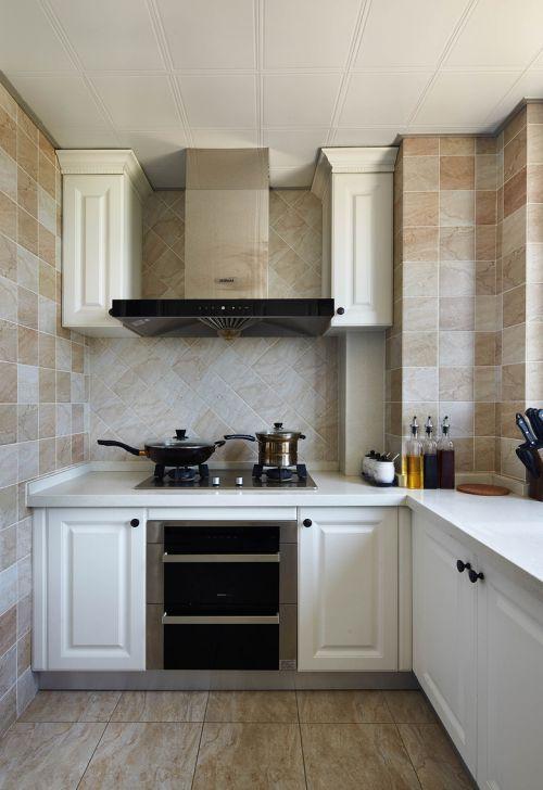 欧式风格三居室厨房效果图欣赏