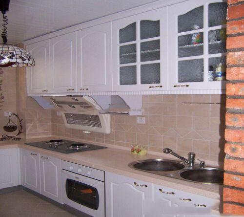 田园风格二居室厨房窗帘装修效果图欣赏