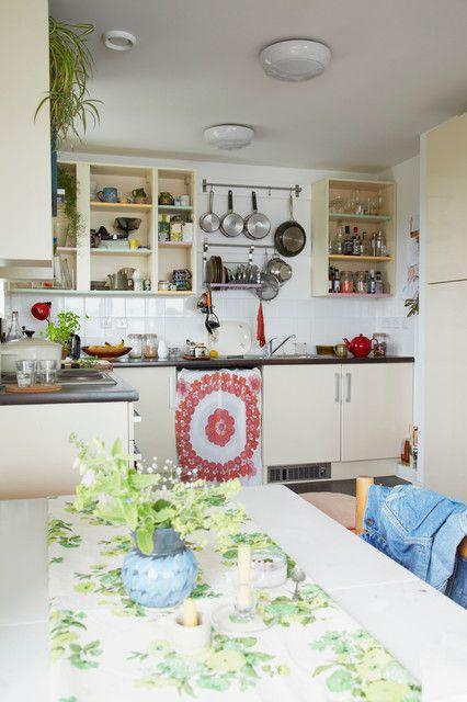 田园风格别墅厨房整体橱柜装修设计