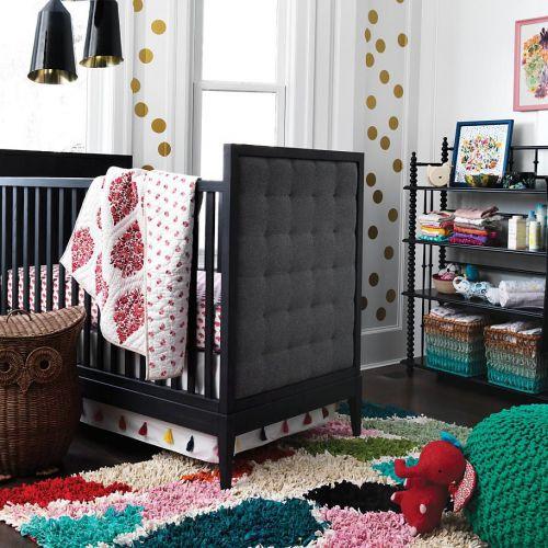 现代风格黑色可爱婴儿房装修效果图