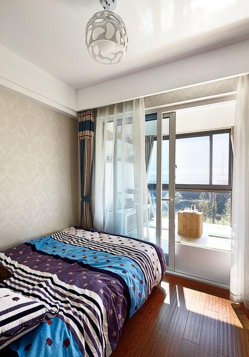 明亮现代风格卧室窗帘装修实景图