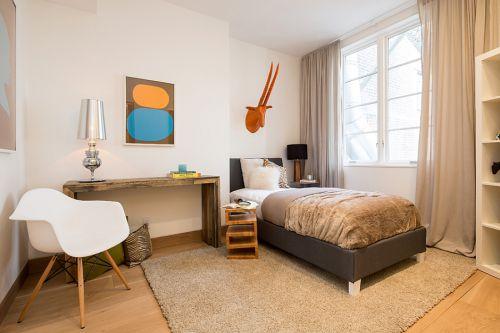 家装现代简约风格别墅卧室装修案例