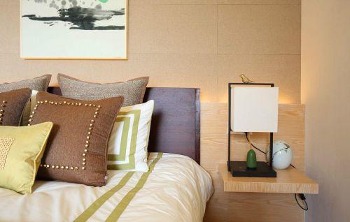 温馨现代风格卧室床装修设计