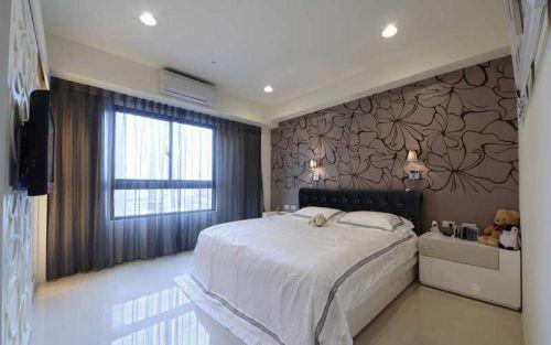 现代简约三居室卧室背景墙装修效果图欣赏