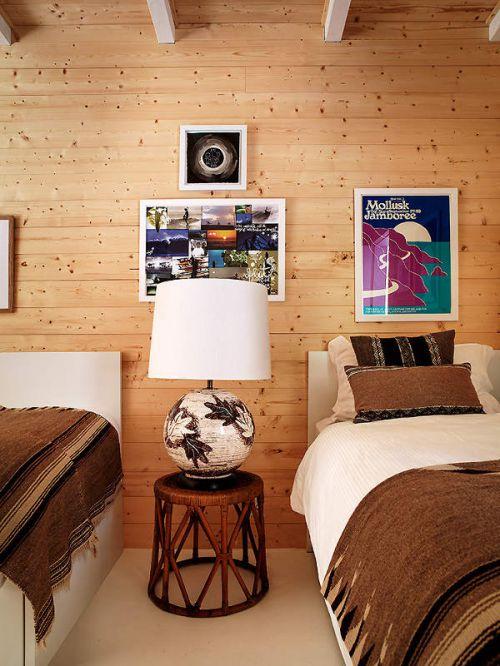 现代风格温润原木色卧室背景墙效果图