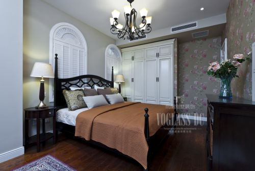 现代简约别墅卧室装修图片