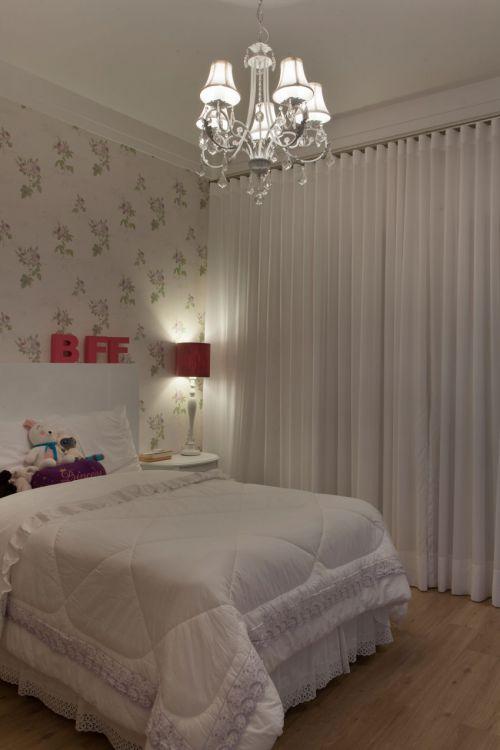 浪漫迷人简欧风格卧室灯具装修效果图