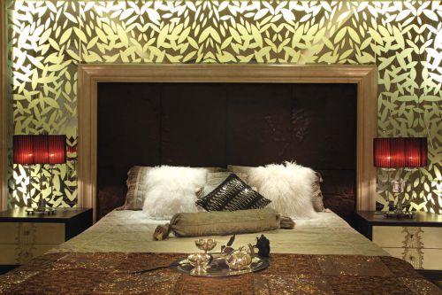 精致奢华现代简欧卧室效果图