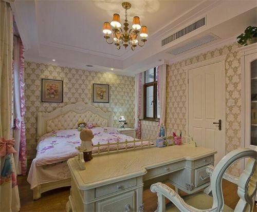 简欧风格四居室卧室清新绿色壁纸装修图片