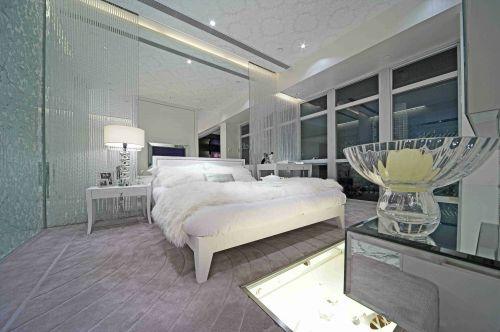 纯白无瑕简欧风格卧室效果图