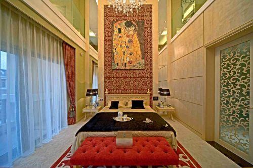 奢华靡丽简欧风格卧室效果图