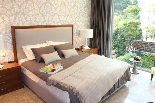 米色时尚舒适简欧风格卧室效果图