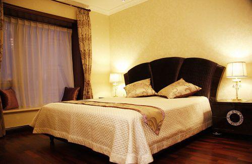 简欧风格四居室卧室窗帘,床头柜,床,灯具装修效果图大全