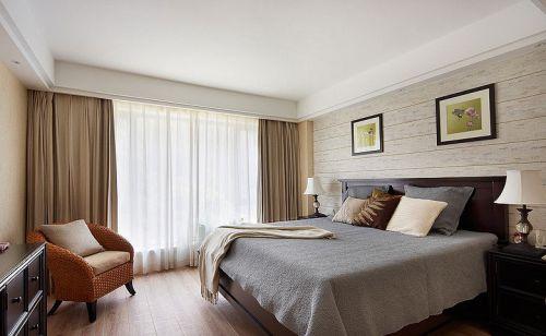 简欧风格四居室卧室窗帘装修图片