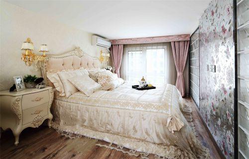 简欧风格一居室卧室窗帘装修效果图