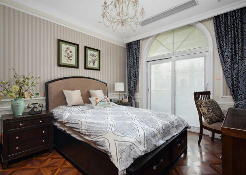 新中式温婉卧室红木家具装修效果图