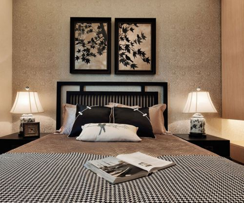 中式古典三居室卧室照片墙装修效果图欣赏