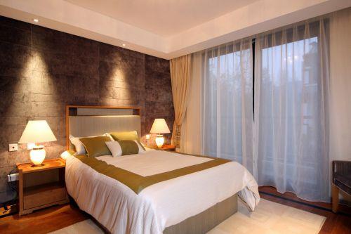 奢华中式风格卧室背景墙装修效果图