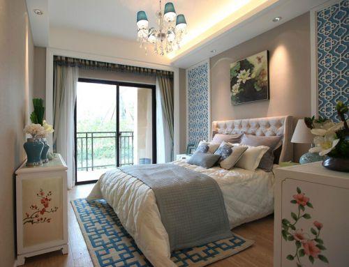 中式风格四居室卧室照片墙装修图片