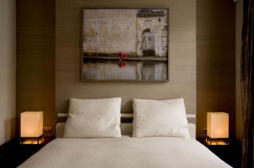 宁静淡雅新中式风格卧室背景墙设计图片