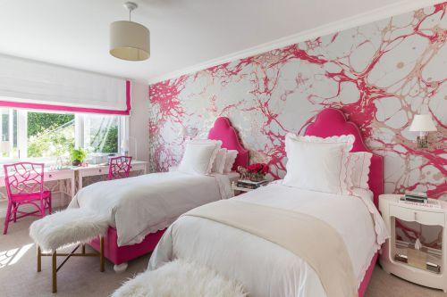 甜美欧式风格卧室床铺装修设计