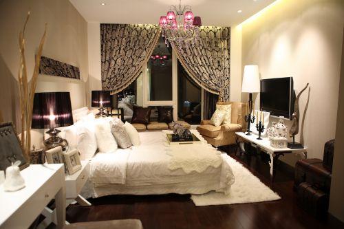 欧式风格二居室卧室装修图片