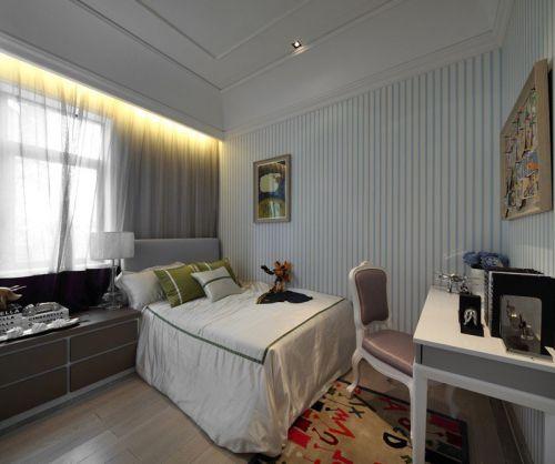 三居室欧式风格卧室设计图片