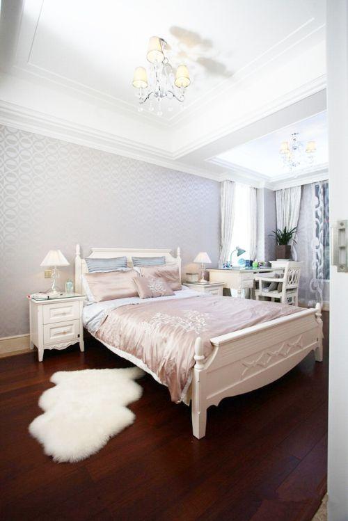 欧式风格之低调奢华三居室卧室装修图片欣赏