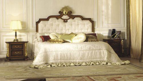 现代欧式风格卧室床头柜效果图