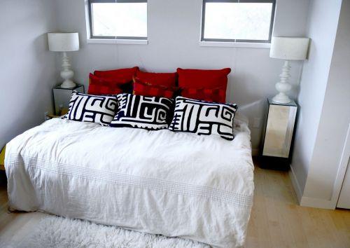 灰色温馨舒适卧室装修效果图