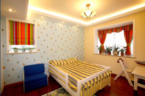 欧式新古典二居室卧室装修图片欣赏
