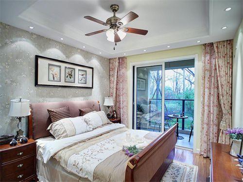 田园风格二居室卧室床头壁纸装修效果图