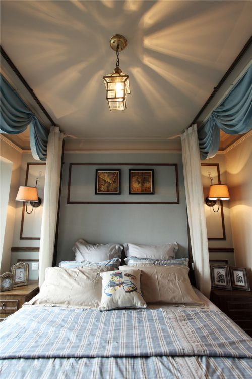 家装田园风格卧室吊顶装修案例
