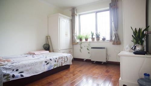 田园风格二居室卧室窗帘装修效果图欣赏