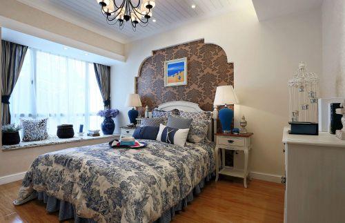 田园风格三居室卧室床头柜装修效果图欣赏