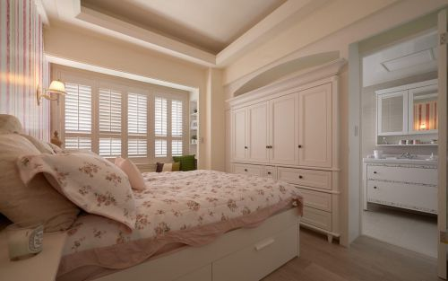 田园风格三居室卧室照片墙装修效果图大全