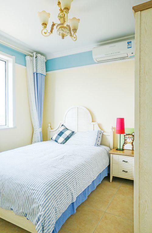 田园风格二居室卧室衣柜装修效果图大全