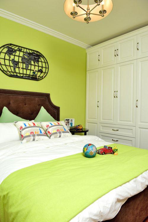 田园风格三居室卧室壁纸装修图片