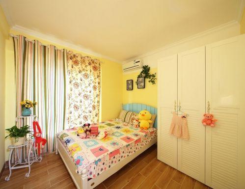 田园风格三居室卧室背景墙装修效果图欣赏