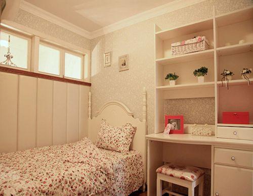 田园风格复式卧室吊顶装修效果图