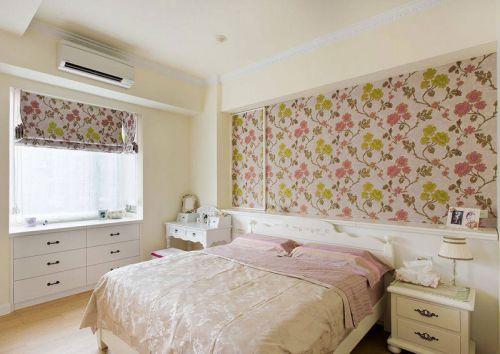田园风格三居室卧室床装修效果图欣赏