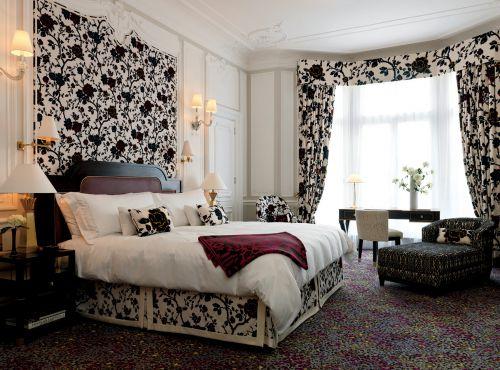 田园风格三居室卧室窗帘装修效果图大全