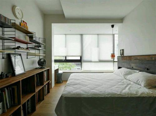 田园风格三居室卧室照片墙装修图片